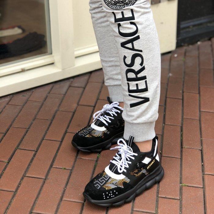 Versace leggings sneakers