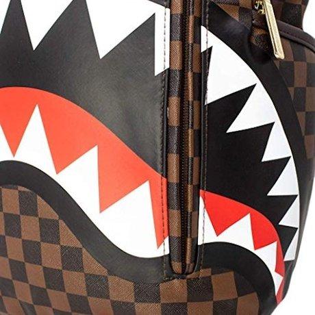 Backpack Sharks in Paris