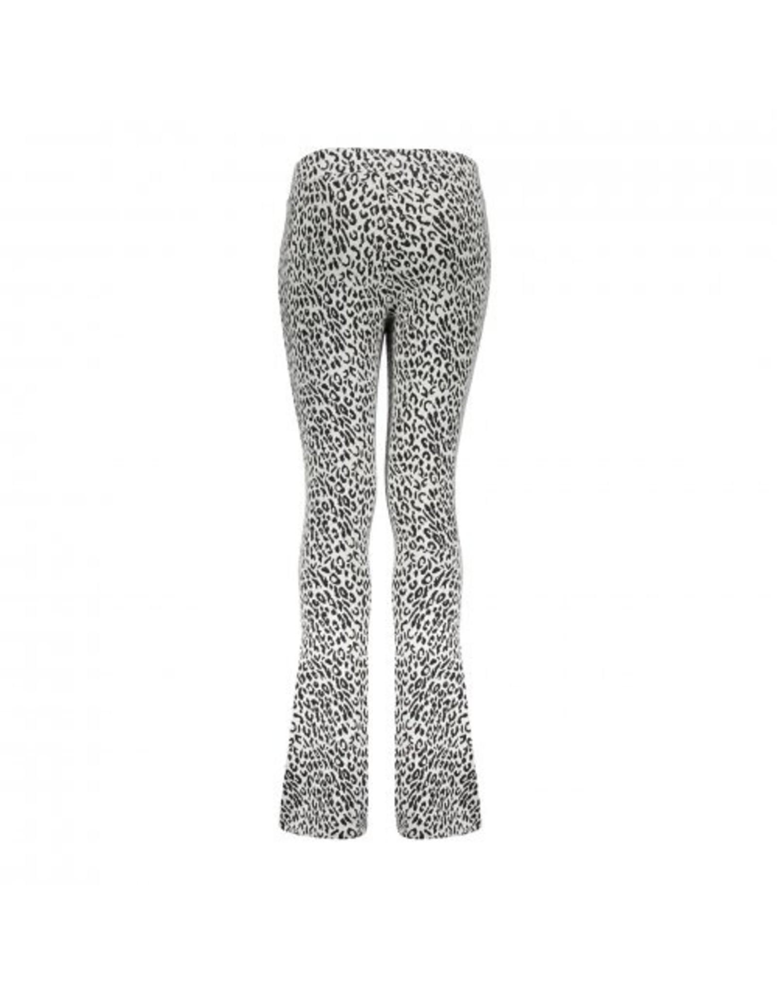 Geisha Flair bi-color leopard jacquard