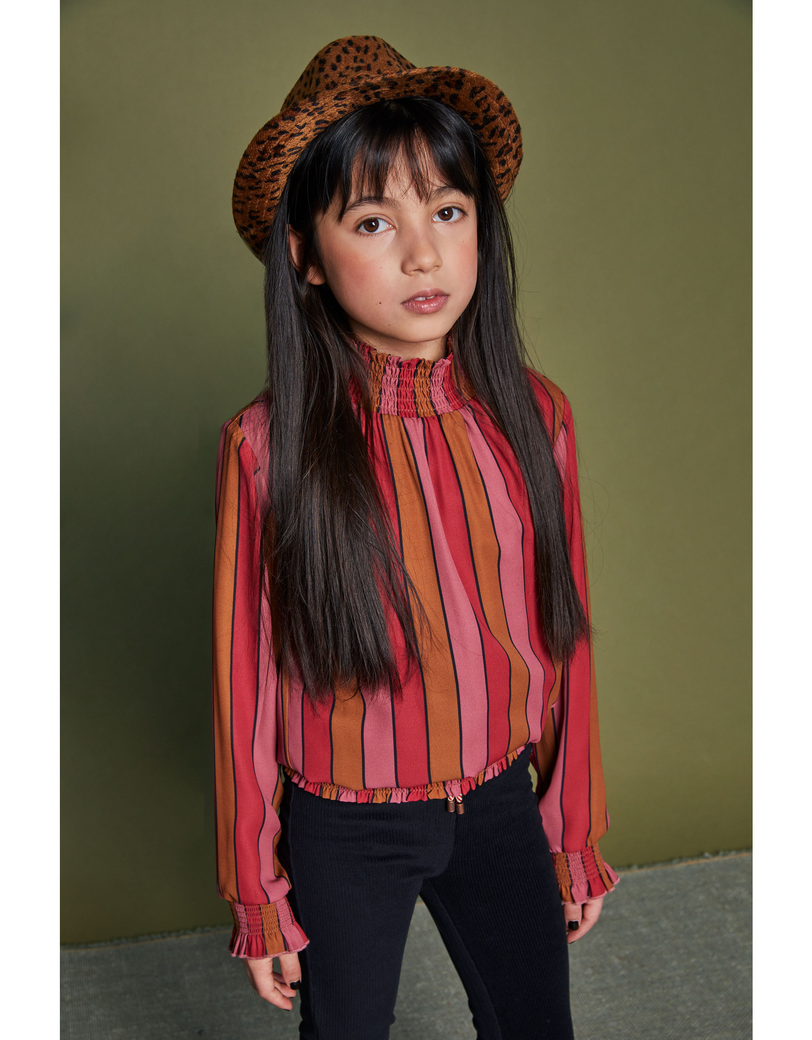 Nono Tipi recyled PL blouse with smocking at neck+waistband