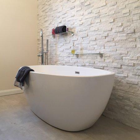 Luxury Tiles White Quartz Split Face tile