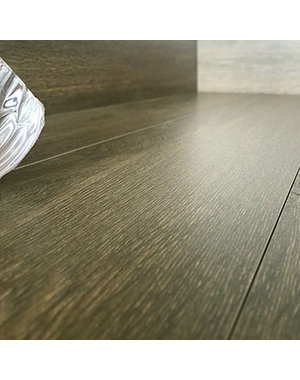 Luxury Tiles Natural Oak Wood Effect tile