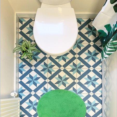 Luxury Tiles Scarlet Patterned Blue Tone Floor 320 x 320mm Tile