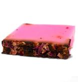 Natuurlijke handgemaakte zeep Rozenblaadjes