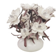 L&M Bloemen - Silver Edged White Flowers