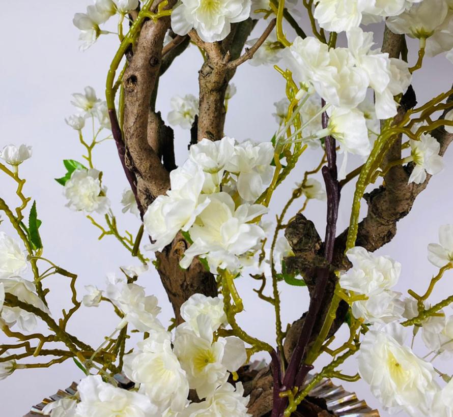 XXL schelpvaas opgemaakt met witte gele kunstbloesem struik