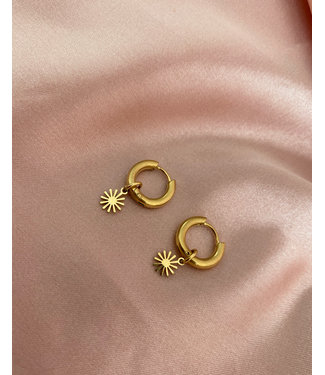 Gold Stainless Steel 'Sweet Sun' Earrings