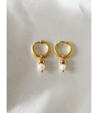 'Veerle' Earrings Gold & Pearl - Stainless Steel