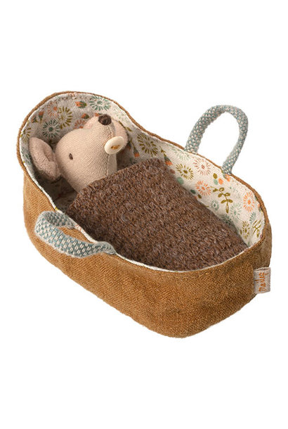 Maileg Baby mouse in carrycot (muis)