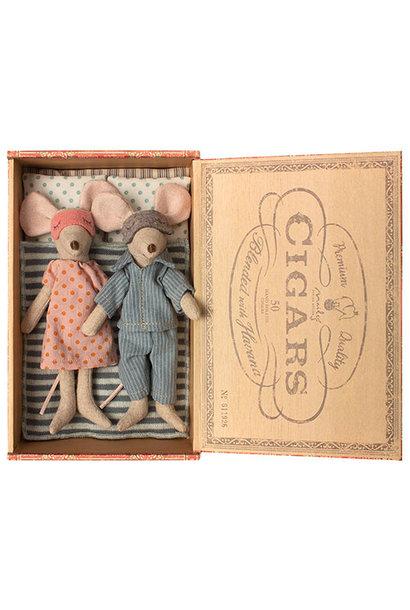 Maileg Mum & dad mice in cigar box (muis)