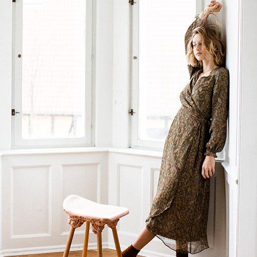 Louise Misha Woman Dress Emelyna Lurex Folk Flowers (Jurk)-5