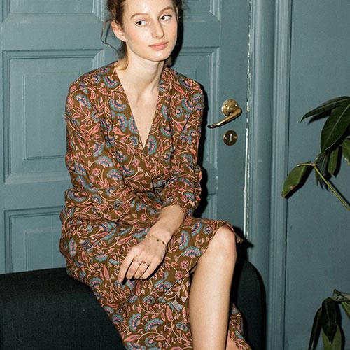 Louise Misha Woman Dress Anouchka Bronze Folk Flowers (Jurk)-3