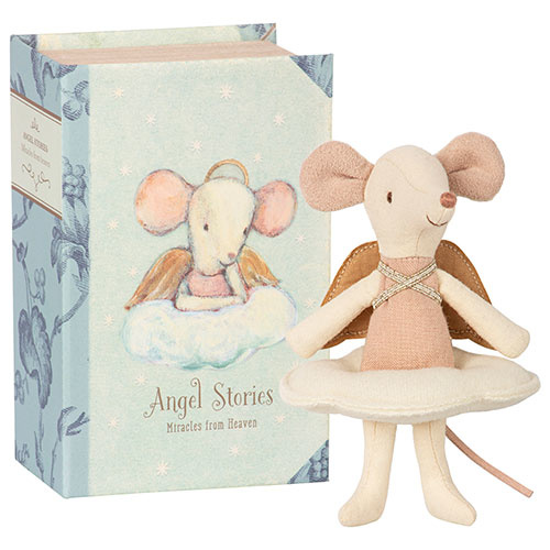 Maileg Angel mouse, big sister in book (muis)-1