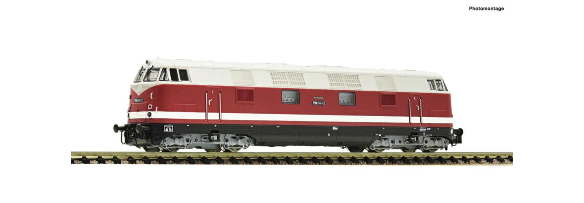 721401 Diesellok BR 118 der DR