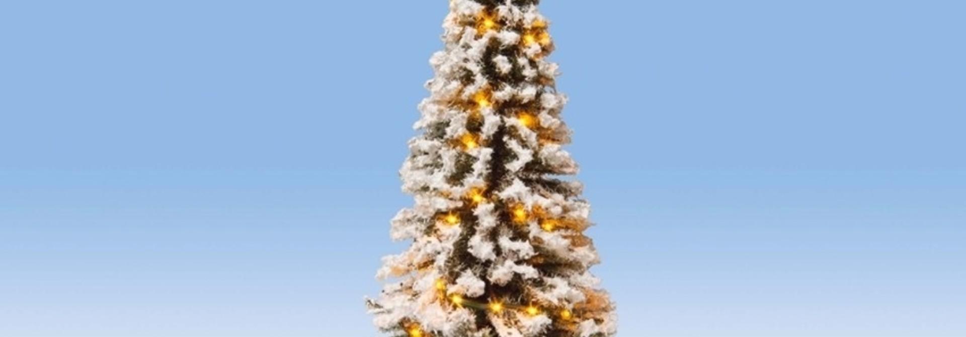22130 Beleuchteter Weihnachtsbaum