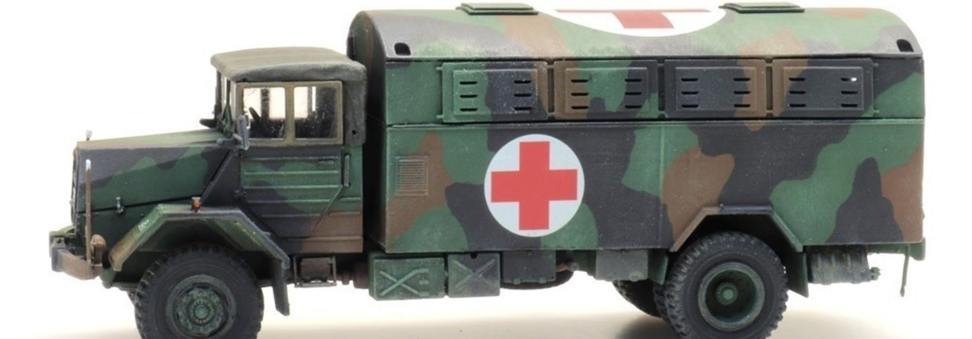 6870419 BRD MAN 630 L2 A Großraum-Krankenkraftwagen (KrKw GR)