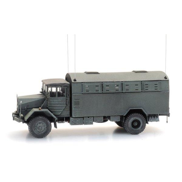 Artitec 6870417 BRD MAN 630 L2 A mit  Fernmelde Kofferaufbau