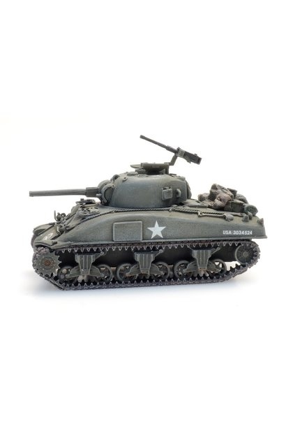 6870385 US M4A1 Sherman train load