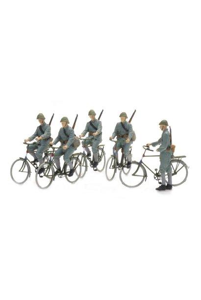 5870006 NL fietsende soldaten 1940 (5x)