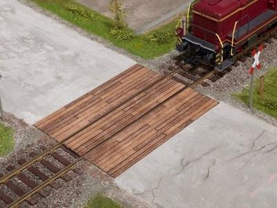 67105    Bahnübergang Holzbohlen-1