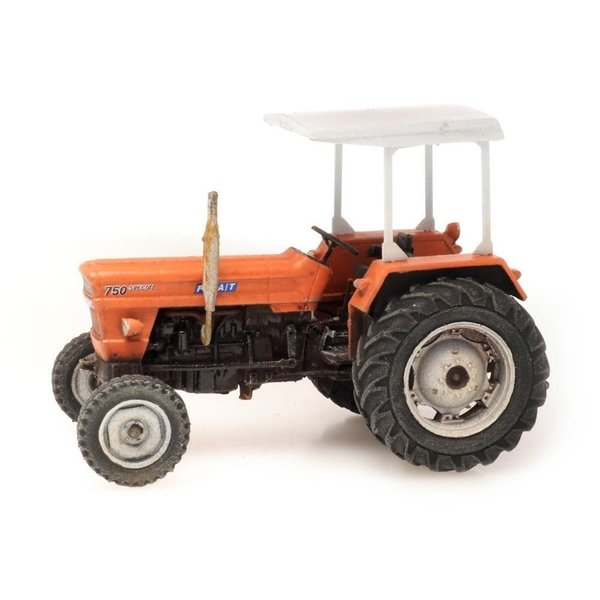 Artitec 387455 Fiat 750 special tractor met zonnedak