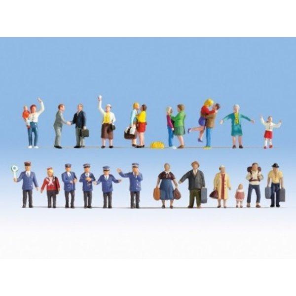 NOCH   16121      Figuren-XL-Set Auf dem Bahnhof
