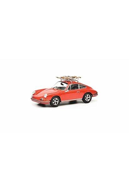 Porsche 911S Skiurlaub, rood