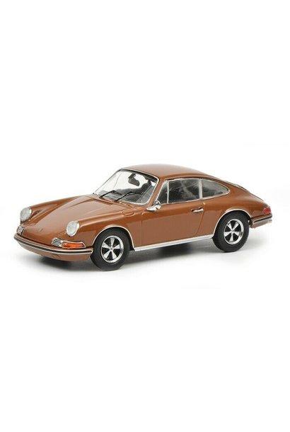 Porsche 911 S, bruin
