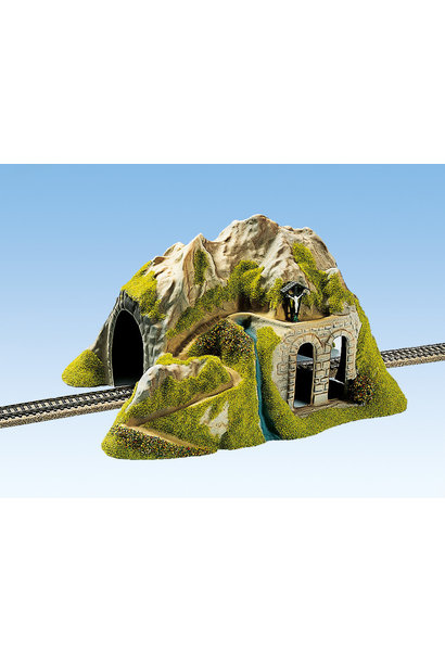 02220 Tunnel