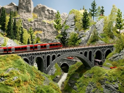 58669                Brückenpfeiler Bruchstein-Viadukt-1