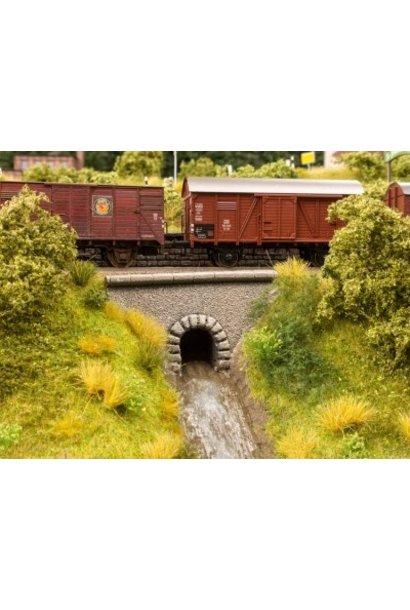 "58296             Wasserdurchlass  ""Tunnel"""