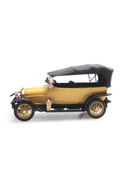 387.406 Audi geel