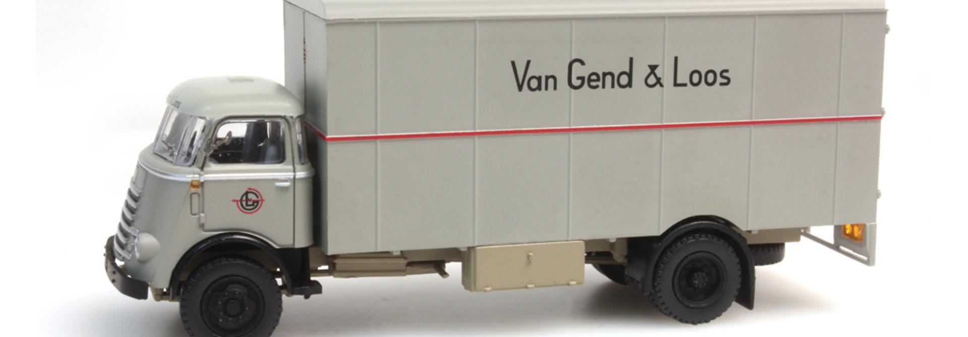 487.030.01 H0 DAF cabine '55 Van Gend & Loos
