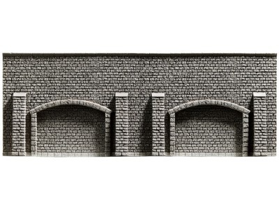 48058         Arkadenmauer-1