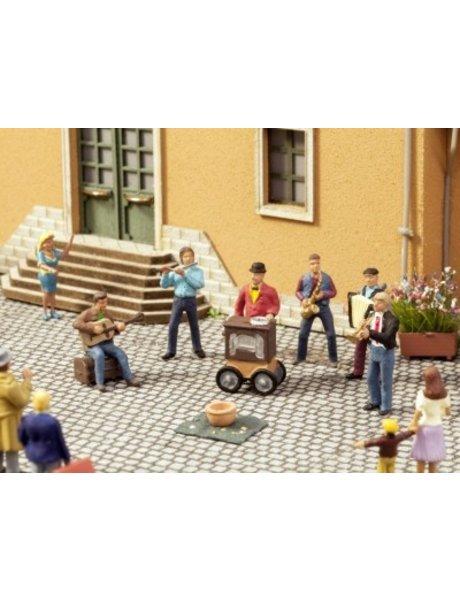 NOCH 12820           Straßenmusiker