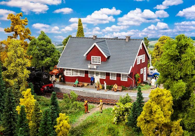 110160 Zweeds Station-1