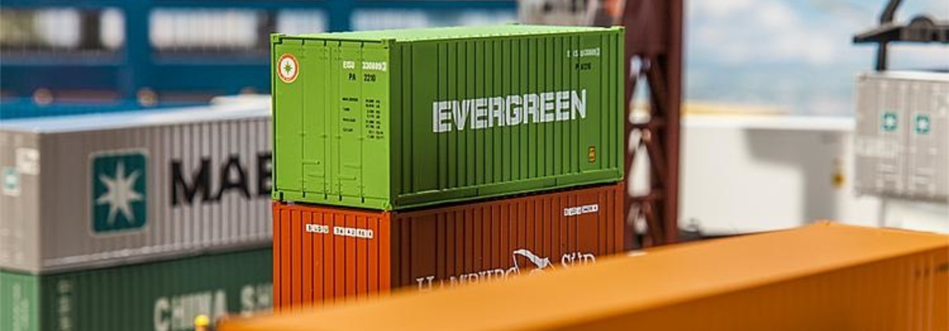 180821 20' CONTAINER EVERGREEN