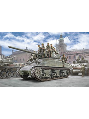 Italeri 6568 1:35 Bouwpakket M4A1 Sherman with Infantry