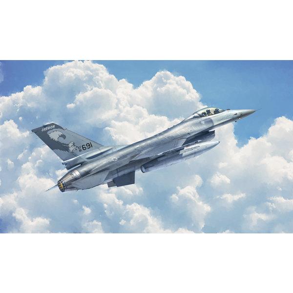 Italeri 2786 1:48 Bouwpakket F-16A m/ nederlandse decals