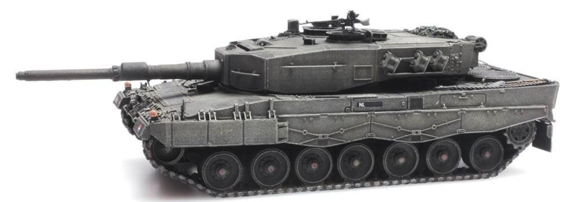 6870113 NL Leopard 2A4