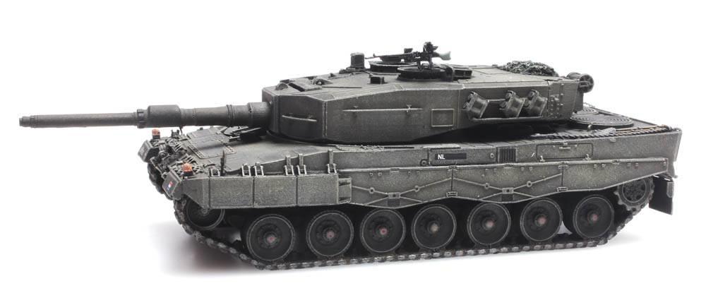 6870113 NL Leopard 2A4-1