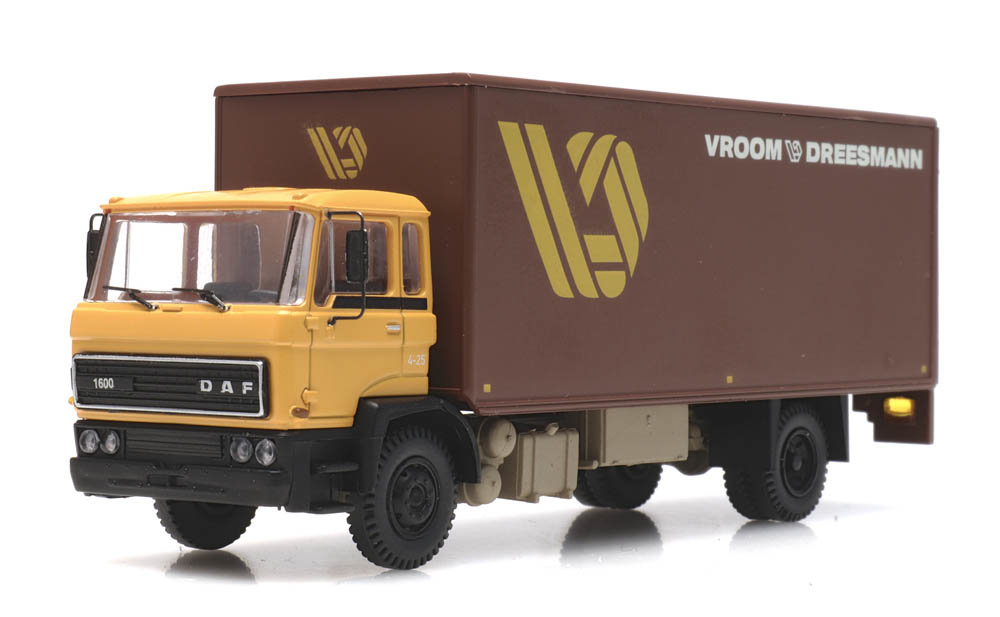 487.052.04 DAF kantelcabine 1982, Vroom & Dreesmann-1