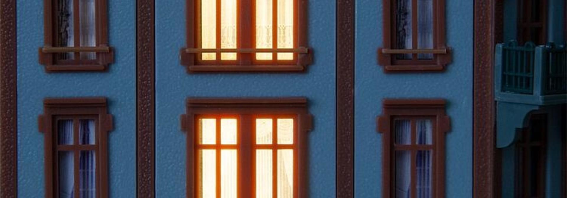 180678 LED verlichting voor gebouwen met aansturing