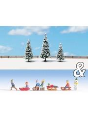 """NOCH 94008 Ausschmückungs-Set """"Kinder im Schnee&Schneetannen"""""""