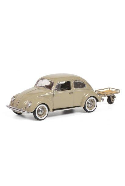 1:43 VW Kever (bril) + aanhanger, beige
