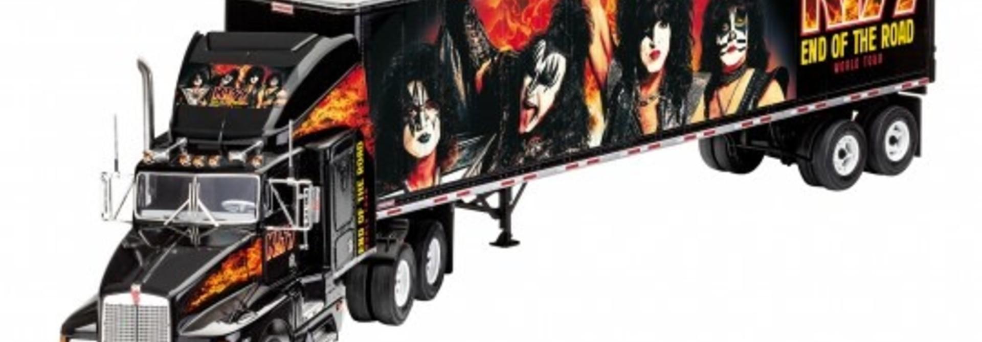 """Revell 1:32 Geschenkset """"KISS"""" Tour Truck"""