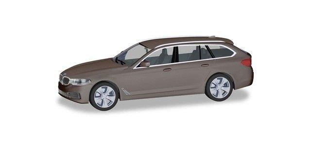 BMW 5 Touring (G31), atlaszeder metallic-1