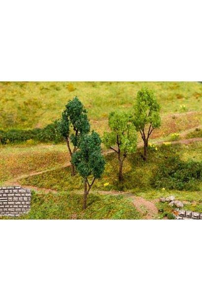 181379 4 Bäume, sortiert