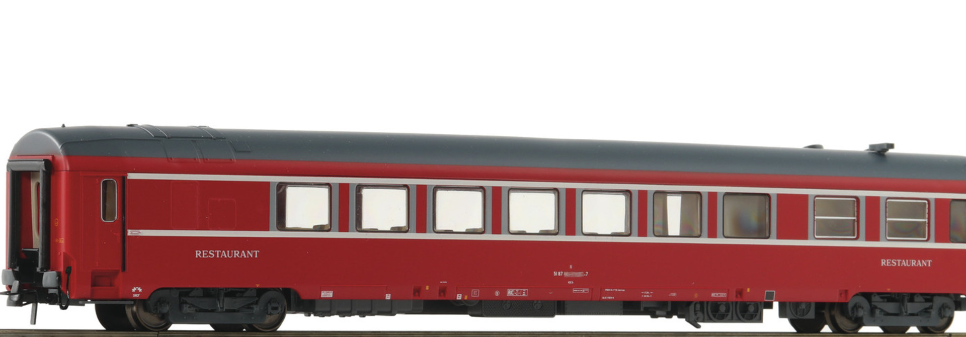 74358 restauratierijtuig UIC-Y van de SNCF
