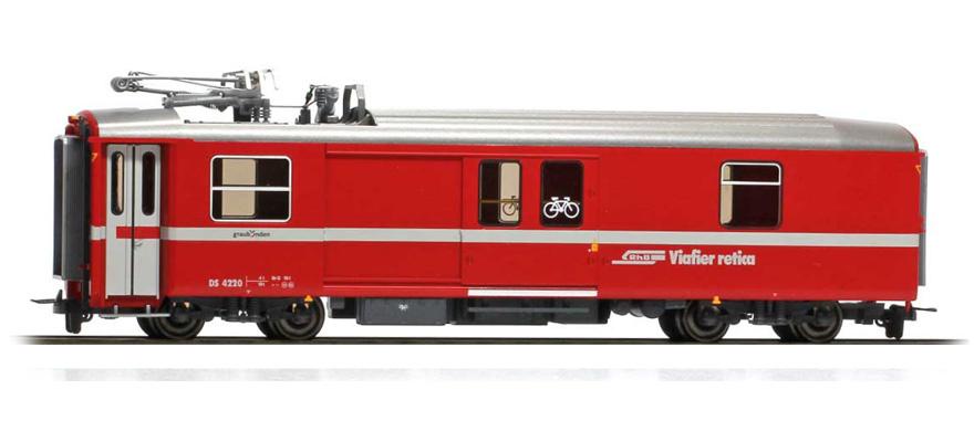 3270170 RhB DS 4220 Packwagen/ Heizwagen-1